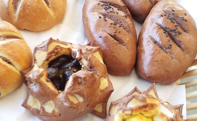 秋の味覚三種パン、いも、くり、なんきん&秋の収穫サラダ