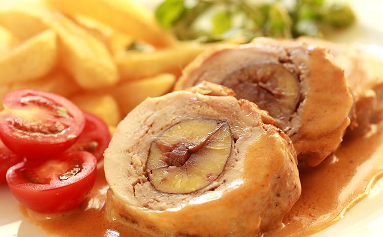 お鍋で簡単豪華なクリスマス★大山鶏と栗のメニューとフライドポテト