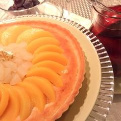 秋のおもてなし『桃のタルトと手作りサングリア』