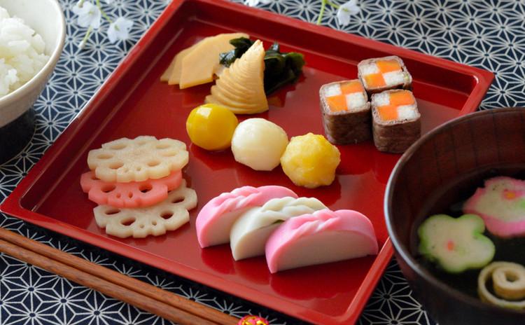 *おせち料理で祝い膳*牛肉の市松巻き&きんとん&ふくませ煮&箸休め