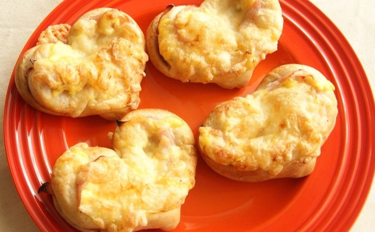 ~ハムとチーズのハートパン~
