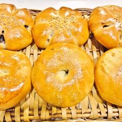 白神こだま酵母で作る~餡子たっぷりあんパン&ぷりぷりウインナーパン~