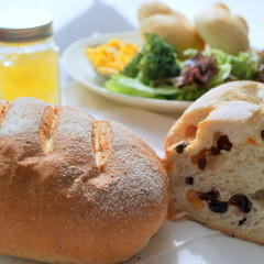 ★食物繊維豊富なライ麦を取り入れよう★ライ麦パン&フルーツブレッド