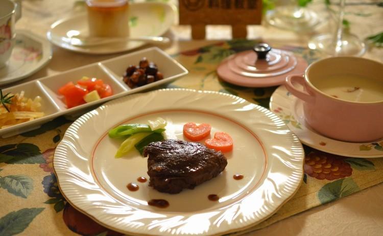 バレンタインパーティー♡根菜の前菜&スープ☆ポテトの牛肉包み焼き☆