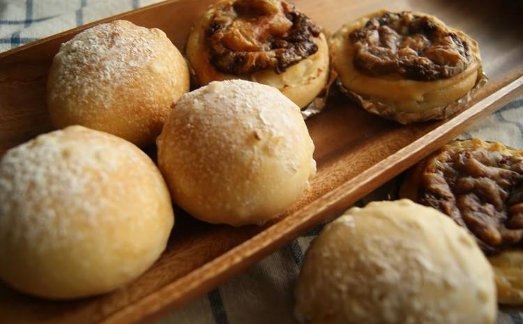 ホシノ天然酵母!たっぷりもち麦入り生地で作る丸パンとカップカレーパン