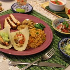 メキシコ料理「手作りトルティージャ&サルサでタコスプレート」