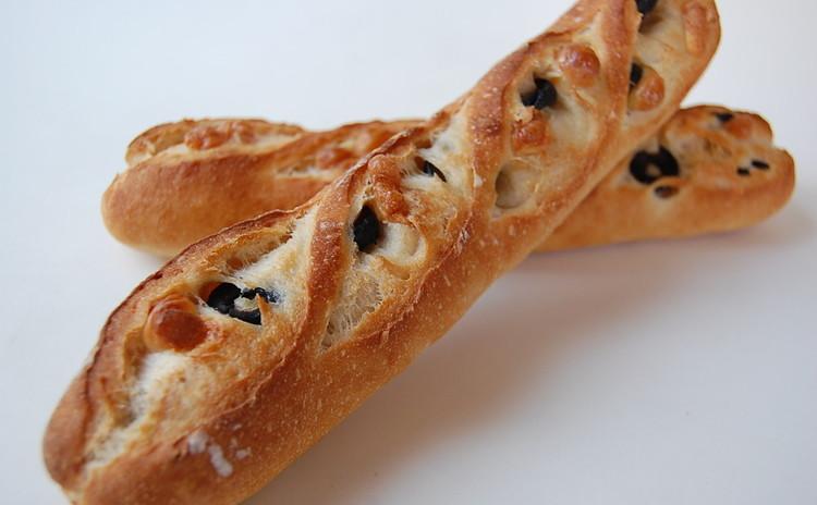 初心者でもできるヨーロッパ産小麦が香る『ミニバゲット』2種