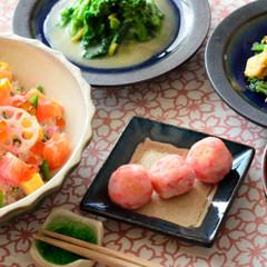 彩りの海鮮ちらし寿司&桜だんご&旬野菜の副菜で春を感じる和食献立です♪