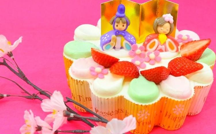 今年は手作りで♪ カラフル3色ひな祭りケーキ
