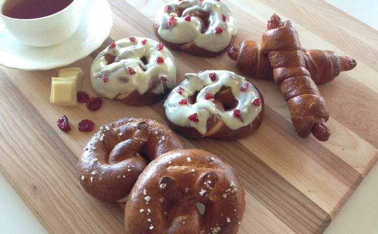 プレッツェル祭り!クランベリーホワイトチョコ&プレッツェルドッグ&海塩