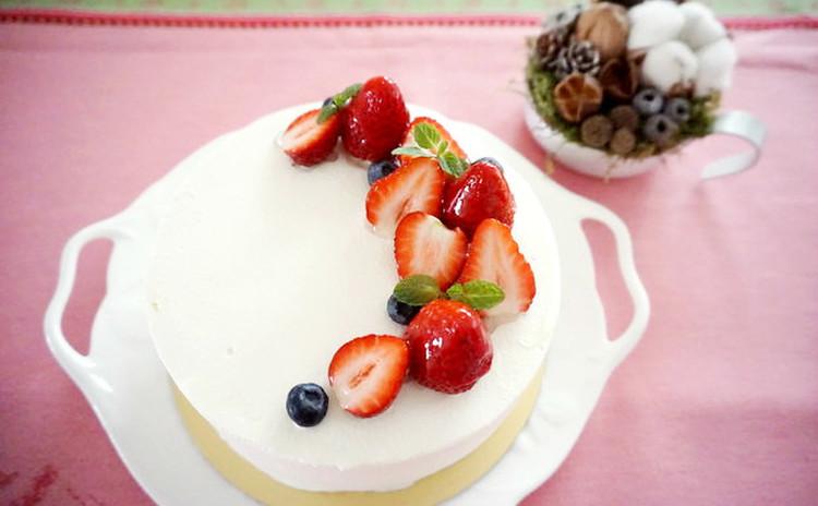 ☆スポンジを極める!☆みんなが大好きイチゴのショートケーキ 15cm♪