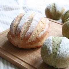 自家製酵母パン!ほうれん草ハードパン&豆乳ハースブレッド&酵母ピクルス