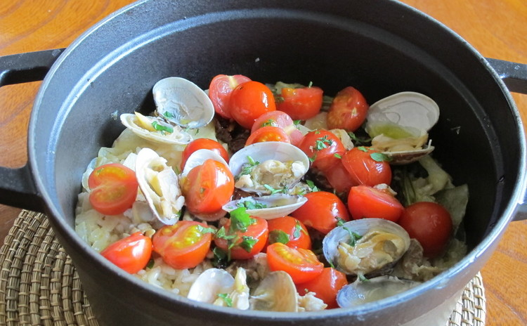 イタリアの炊き込みご飯「ティエッラ」とイカの詰め物トマト煮込み