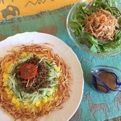 お野菜タップリ!新感覚ドライカレーとゴマ風味の牛蒡サラダ