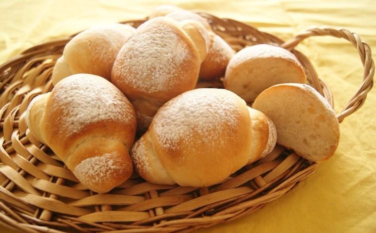 ~米粉ロールパン~
