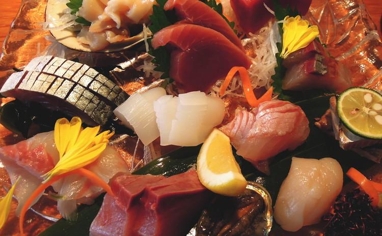 祝いの席は「ちらし寿司」!シャリ切り~刺身の調理方。手作りでんぶも♪