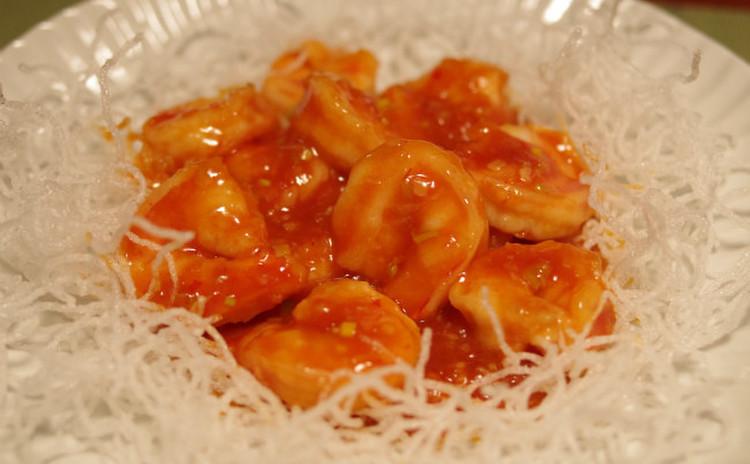 簡単中華!定番のエビチリを始め前菜からデザートまで5品作ります