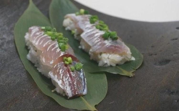 【子連れ限定日】築地直送の鯵!1人1尾さばいて鯵寿司に挑戦♪&砂肝料理