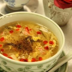 本格的酸辣湯/新ごぼうと牛肉の黒炒飯/セロリと鶏のピリ辛サラダ
