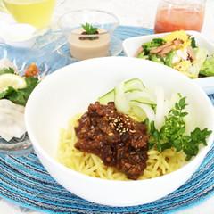 暑い夏は、作り置き薬膳肉みそを使いまわし!時短でも栄養満点、本格中華♡