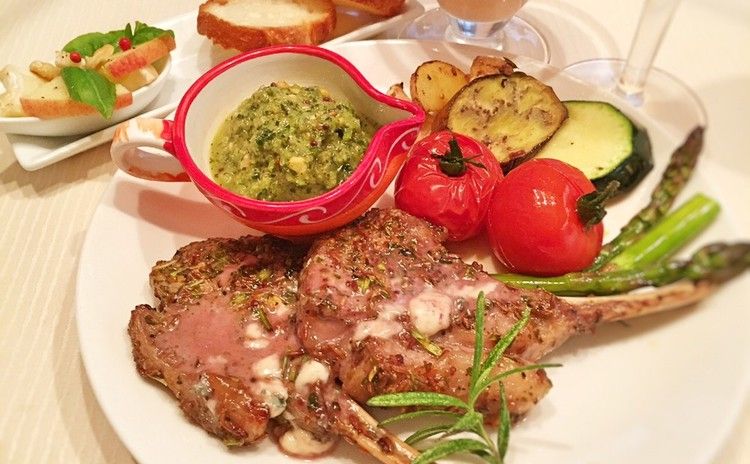 ラムをロゼ色に焼こう~シェーブルの前菜に桃スープ…南仏料理をマスター!