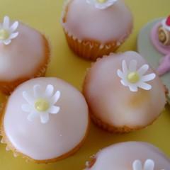 夏のレモンカップケーキ