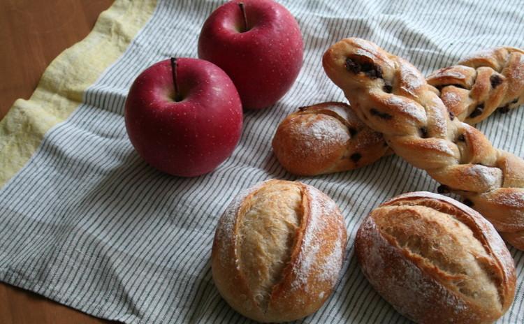 簡単!リンゴで起こす自家製酵母パン!クッペ&可愛いショコラ三つ編みパン