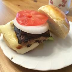 ふわふわバーガーバンズでハンバーガーを食べよう!!