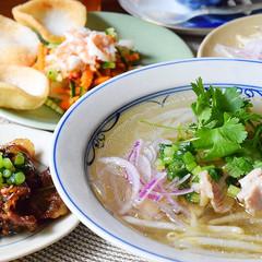 ベトナムの人気メニュー フォーガー(鶏うどん)を本格的に作りましょう★