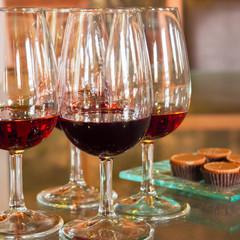新講座【ワイン♡レッスン】ボルドー&ブルゴーニュの魅力 4種の飲み比べ