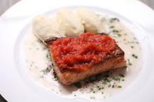 料理レッスン写真 - 【スペシャルレッスン】魚のグリエとフォアグラのゼリー寄せ