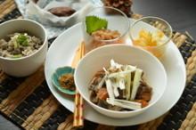 料理レッスン写真 - ★砂糖フリーの和食★もつ煮込、塩味炊き込ご飯、なめろう、里芋のスイーツ