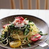 ズワイガニと空芯菜のスパゲッティーニ