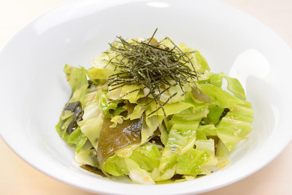 【副菜からお弁当まで】一玉消費に「キャベツの作りおき」レシピ8選
