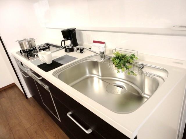 冬のウイルス対策に欠かせない!キッチンの調理台をスッキリさせて健康管理