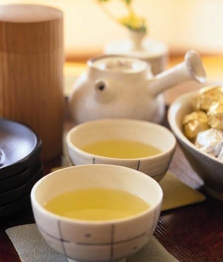 捨てるなんてもったいない!「茶がら」は料理に生かせます!
