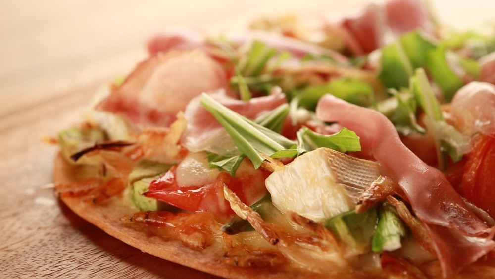 【動画で紹介】週末おもてなしに!春野菜ピッツアを召し上がれ♪