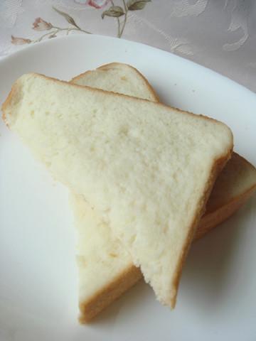 【新食感】牛乳をしみこませて焼く「ミルクトースト」が優しい甘さ♪