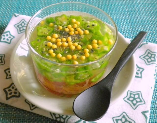前菜にもなる! 具だくさんの冷たい「食べるスープ」