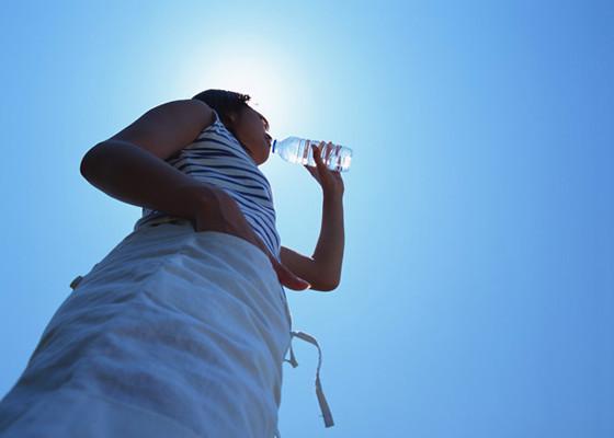 意外な落とし穴☆アルコールは水分補給になりません!【熱中症対策④】