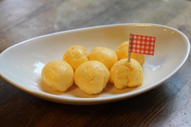 ラップで簡単!「まんまる卵焼き」がコロンと可愛いっ♪