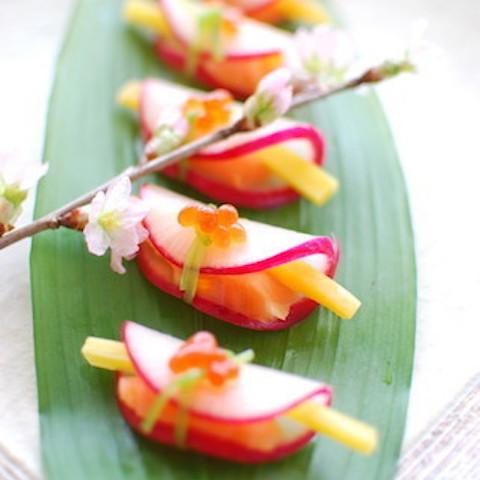【ひなまつりの食卓に華やぎを】「大根の花びら餅風」が美しすぎる!