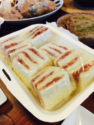 プチ贅沢「生ハムだけサンド」でおしゃれな朝食を!