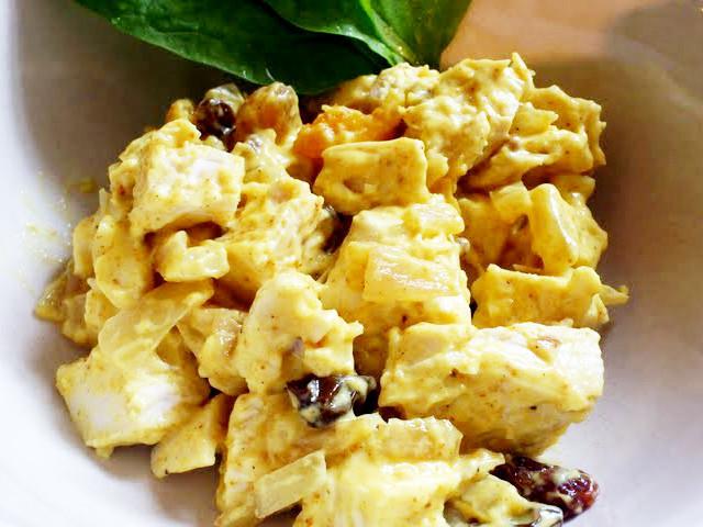 【イギリス伝統料理】濃厚美味な「コロネーションチキン」が家にある食材で作れた!