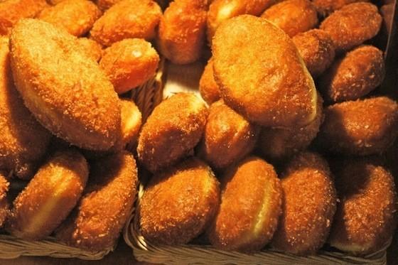 余ったカレーと市販のパンでカレーパンを作ろう!