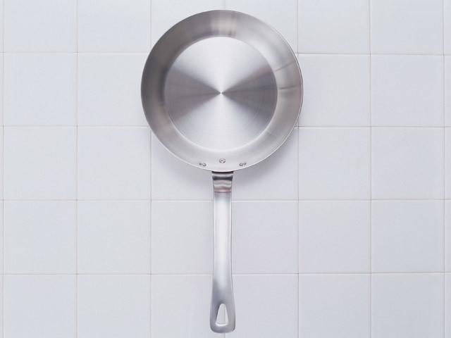ふわとろ半熟の親子丼はフライパンで作れる!【フライパン百珍vol.1】