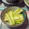 簡単さっぱり♪「セロリの酢味噌和え」がハマる美味しさ!