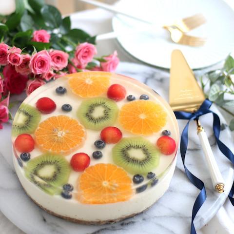 フルーツが泳いでいるみたい♪「水玉ケーキ」レシピ大公開!