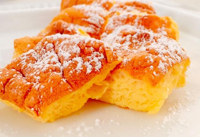 【材料2つで驚きの食感】卵と砂糖だけで「ふわっふわパウンドケーキ風」ができた☆