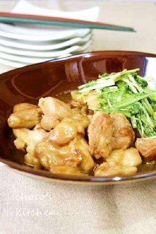 濃いめの味でごはんが進む!「水菜と鶏もも肉」のすき焼き風